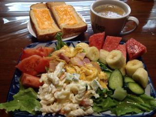 筋トレと朝ごパンとLINE