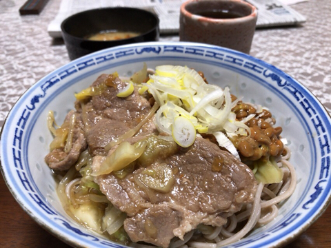 朝の麺トレは納豆