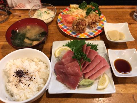 まぐろ刺身定食 850円(限定5食)